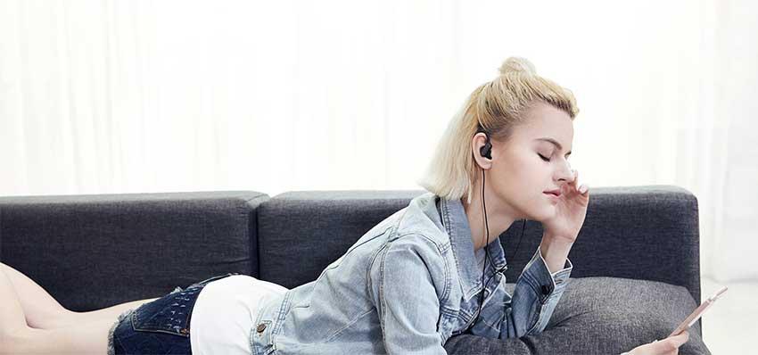 Xiaomi--Ear-Hook-Sport-Earphone-bd.jpg?1