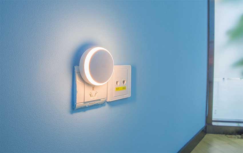 Xiaomi-Yeelight-Smart-Night-Light-Corrid